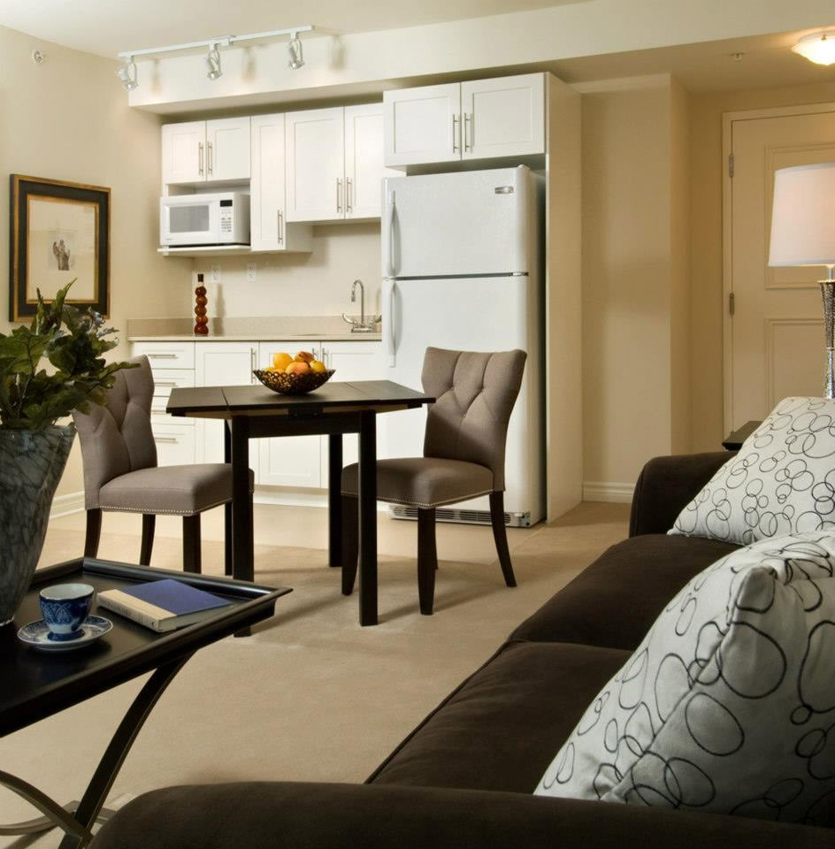 OakPark Retirement Community Suite with Kitchenette